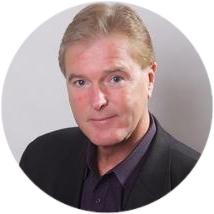 Craig  Riley